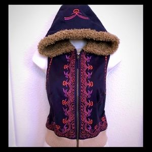 NWT Free People colorful embroidered Vest Sm